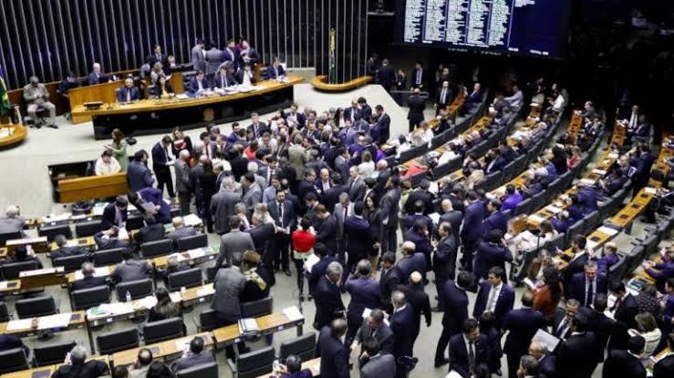 Extinção de fundos alimentará a dívida pública se o Senado deixar