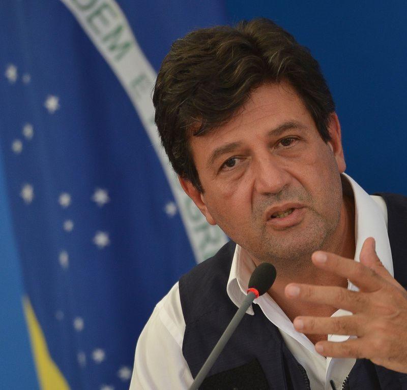 Pesquisa DataFolha aponta que 64% desaprovaram demissão de Mandetta