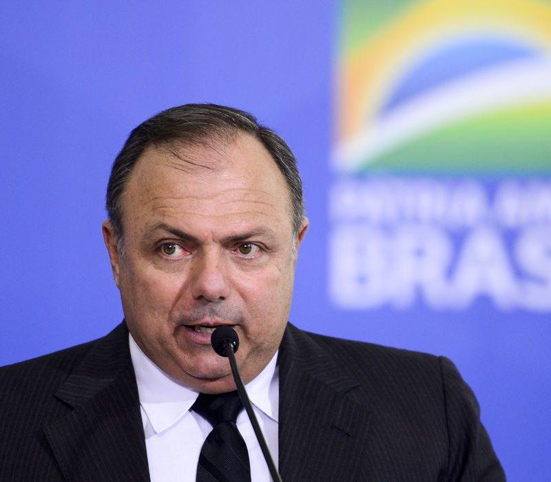 Na guerra da vacina, Bolsonaro e Dória degolaram a razão