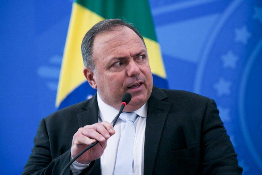 Pazuello diz que não pode ir a CPI por causa de contagio de assessores pelo coronavírus