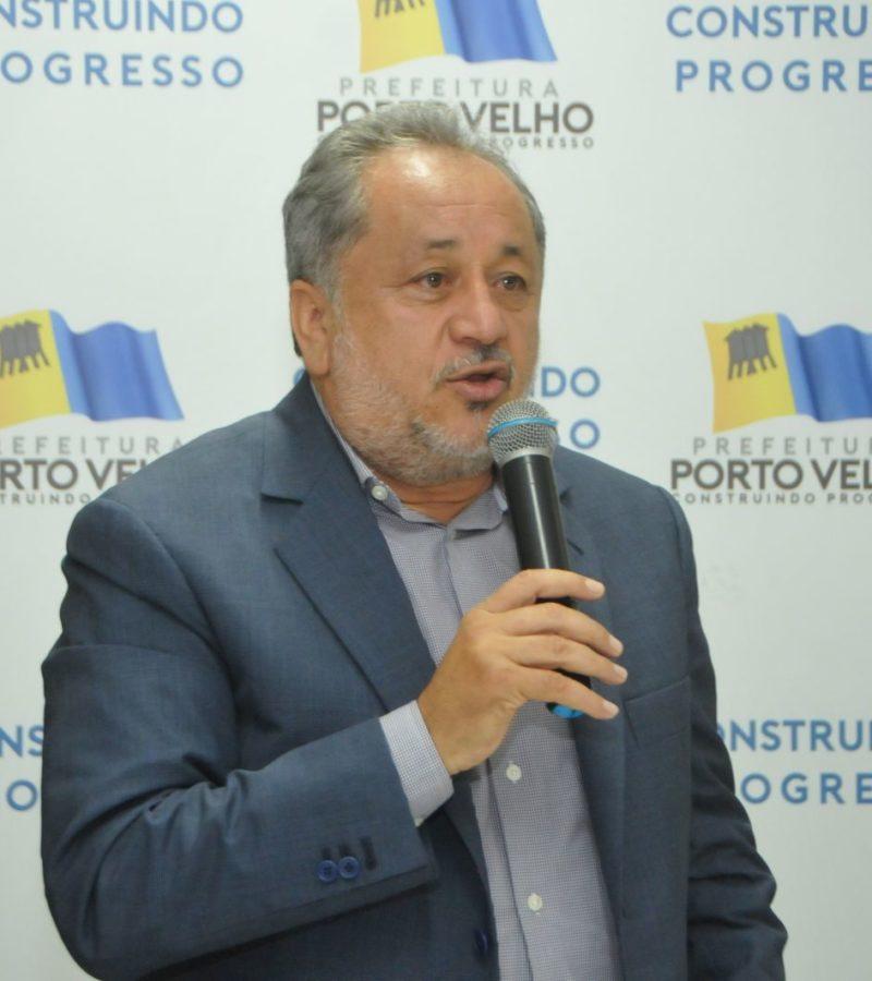 Ex-deputado Luiz Cláudio e procurador Cláudio Silveira internados em estado grave com Covid-19