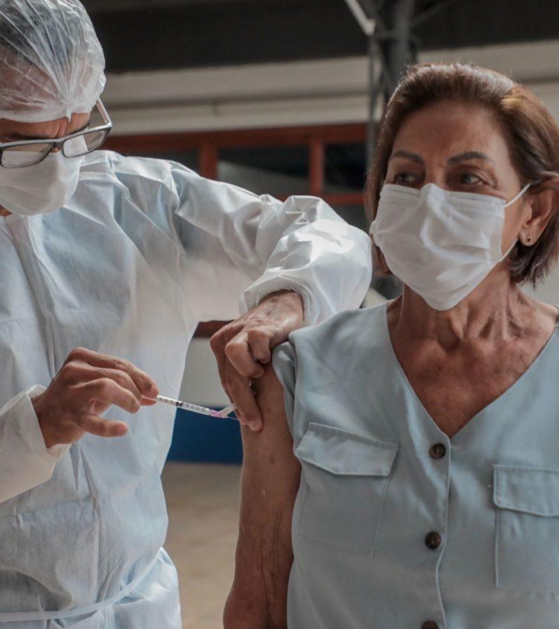 Ministério envia lote de 3,5 milhões de doses de vacina a estados e DF