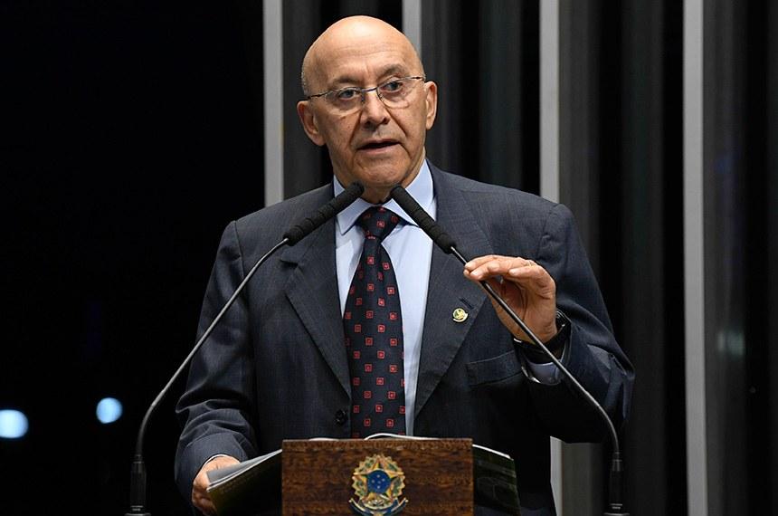 Confúcio Moura pede saída de Ricardo Salles do Ministério de Meio Ambiente