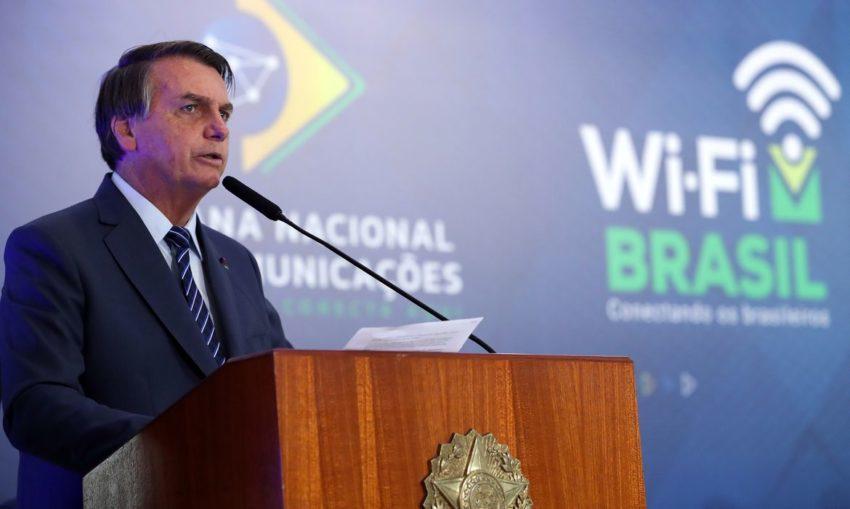 Bolsonaro cogita decreto de livre circulação